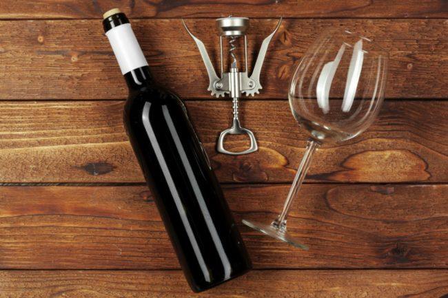 conservare bottiglia di vino aperta